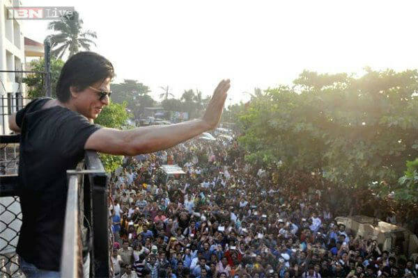 Shah Rukh Khan Fan the Number of People One Million