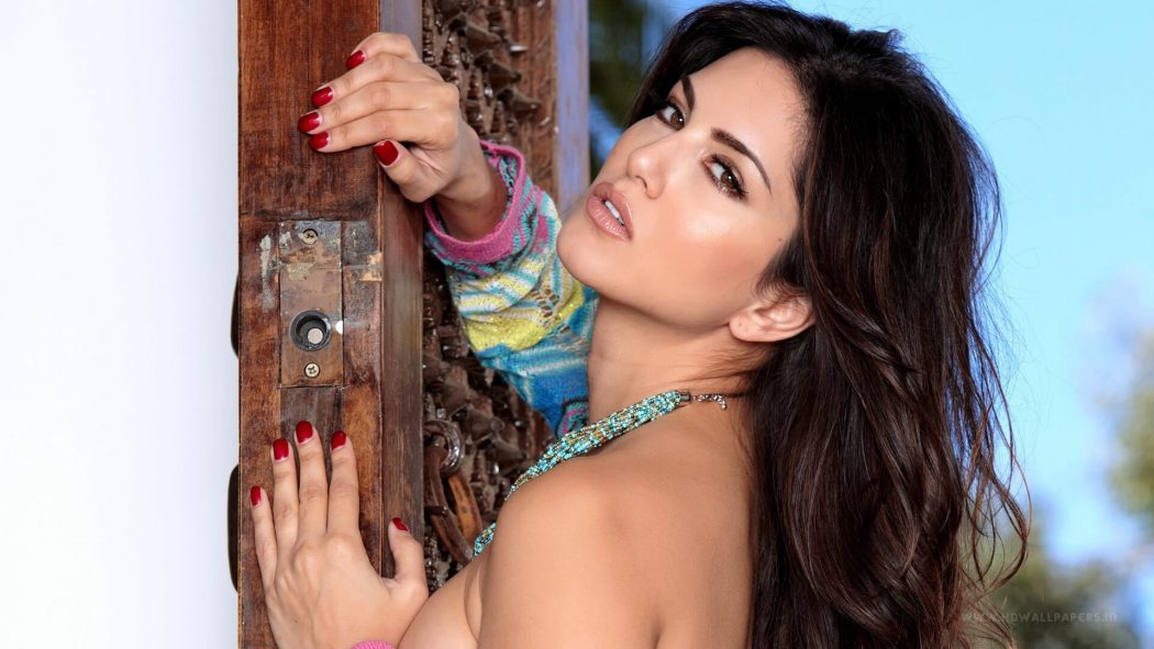 Sunny Leone also became part of the 'light'