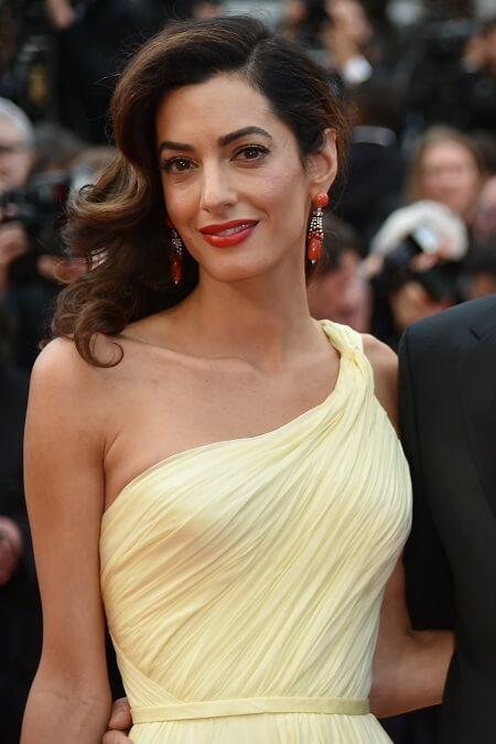 Amal Light Dress Party amal clooney gorgeous look Amal Clooney Gorgeous Look Amal Light Dress Party