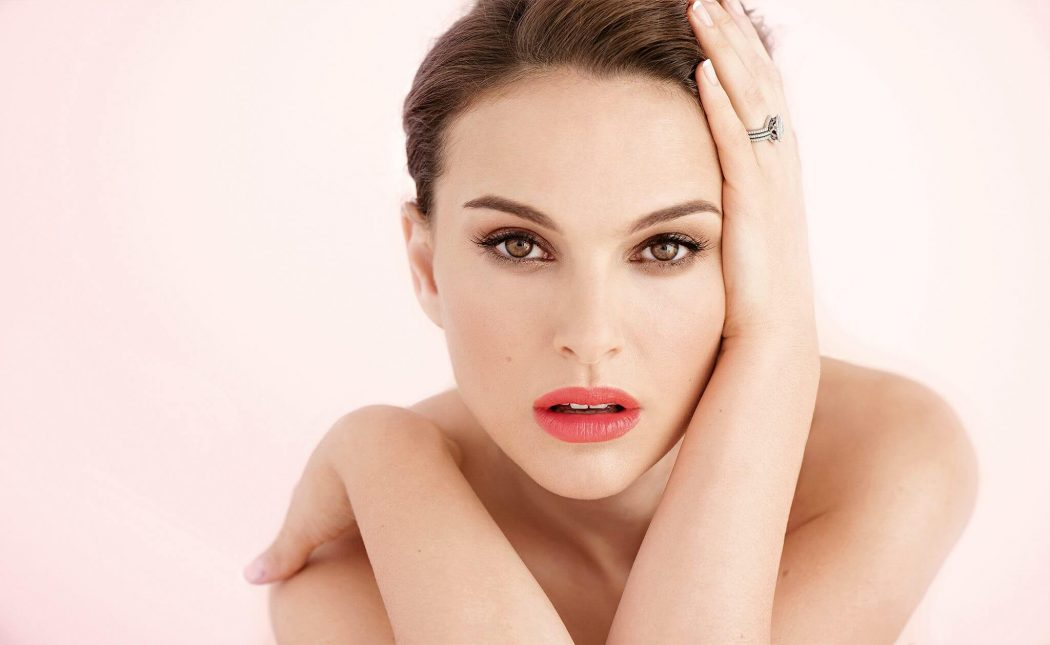 Natalie Portman and Photoshoot in date of Birth